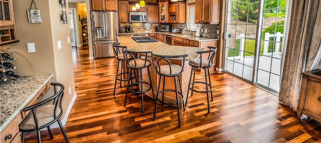 Hardwood Options: Solid Versus Engineered Floors